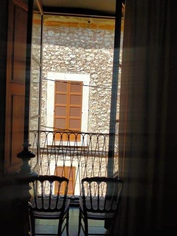 8 bedroom Villa for holiday rental in Binissalem - € 2,800 (Ref: 6225076)