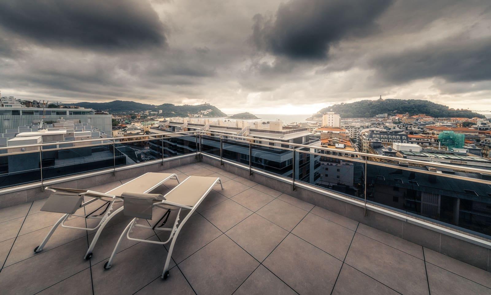 2 bedroom Penthouse for rent in Donostia-San Sebastian - € 2,200 (Ref: 6247569)