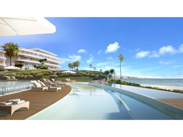 3 bedroom Apartment for sale in Estepona with pool - € 699,000 (Ref: 6239040)