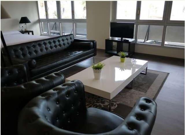 1 sovrum Studio att hyra i Alicante stad med garage - 1 200 € (Ref: 6292022)