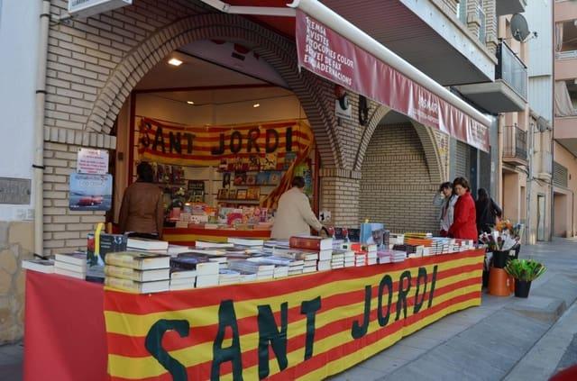 Comercial para venda em El Vendrell - 110 000 € (Ref: 6304035)