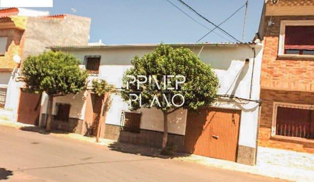 3 bedroom Flat for sale in Villarrobledo with garage - € 75,000 (Ref: 6294587)