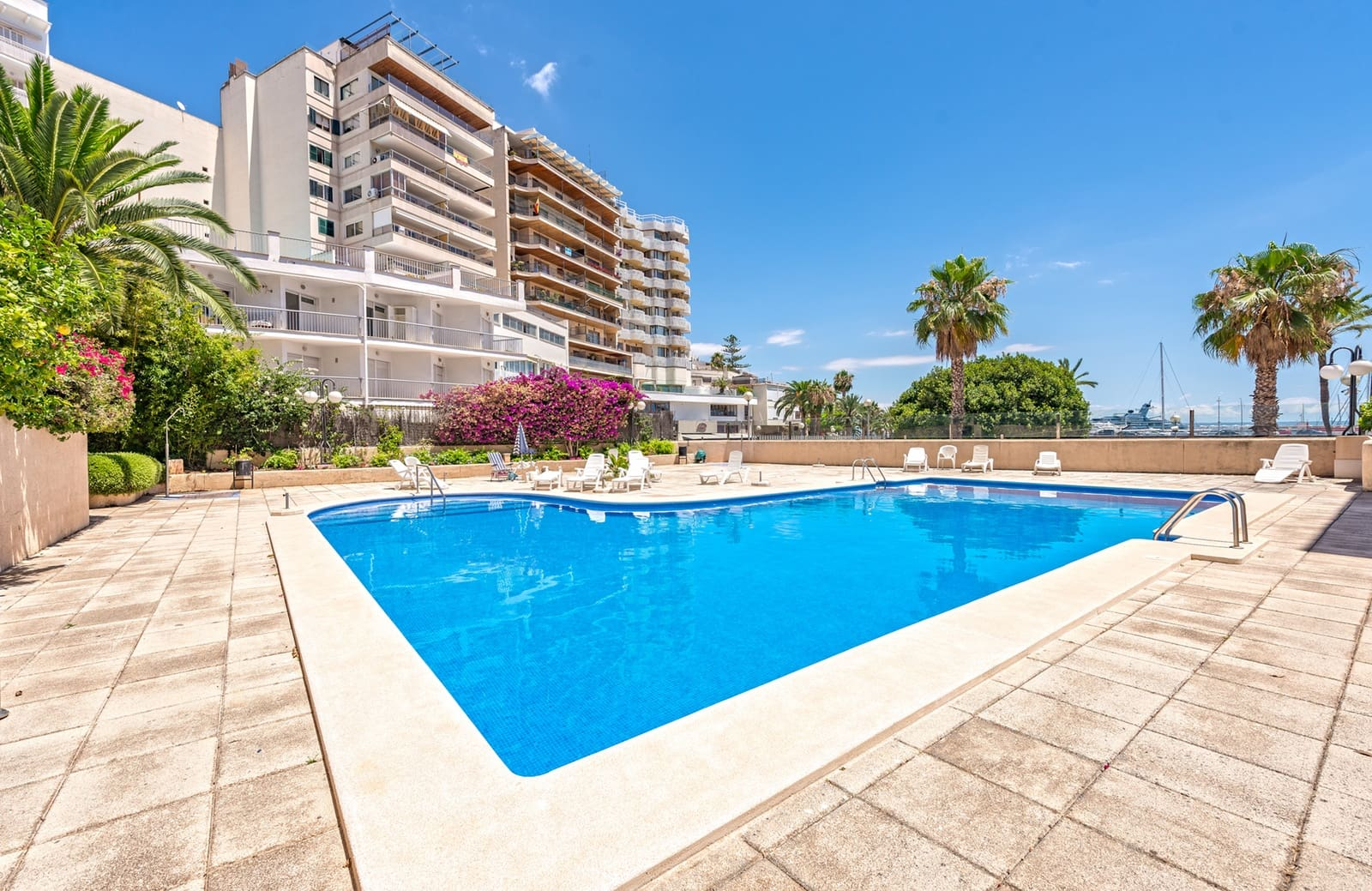3 bedroom Flat for rent in Palma de Mallorca with pool - € 1,580 (Ref: 5428714)