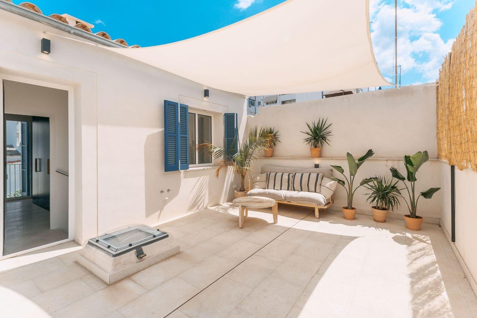 6 bedroom Townhouse for sale in Palma de Mallorca - € 1,850,000 (Ref: 6324663)