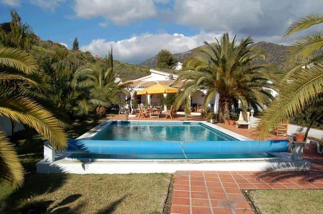 5 soveværelse Bungalow til salg i Competa med swimmingpool - € 499.950 (Ref: 4709014)