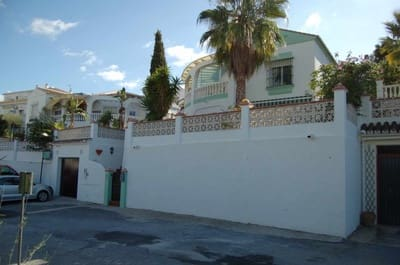 3 bedroom Villa for sale in Torrox Park with pool - € 299,000 (Ref: 4709071)