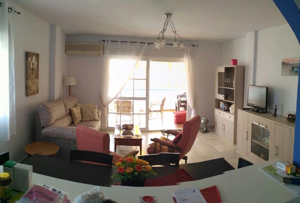2 slaapkamer Appartement te huur in El Penoncillo - € 750 (Ref: 5224852)