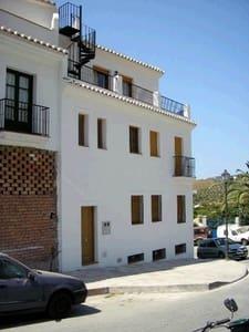 1 slaapkamer Penthouse te huur in Frigiliana - € 400 (Ref: 5430418)