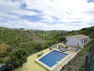 Chalet de 3 habitaciones en Sedella en alquiler vacacional con piscina - 650 € (Ref: 2164670)