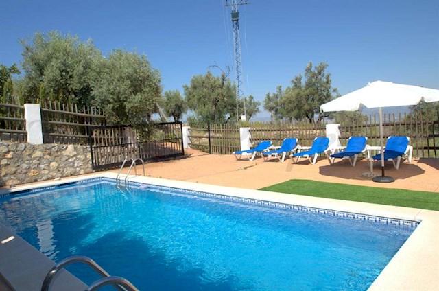 2 soverom Villa til salgs i Canillas de Aceituno med svømmebasseng - € 565 (Ref: 2616512)