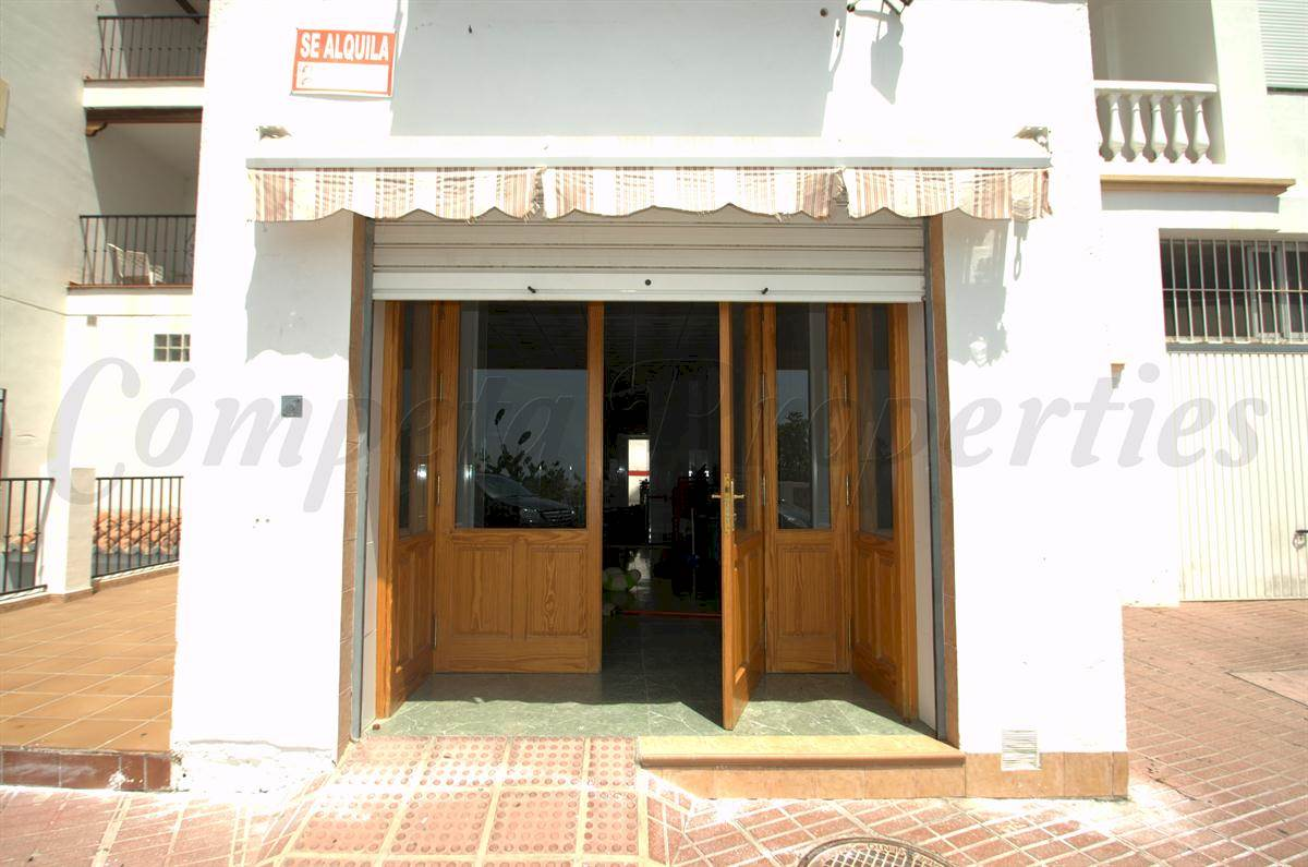 Business for rent in Torrox - € 780 (Ref: 2679531)