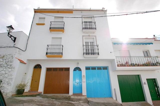 Casa de 2 habitaciones en Canillas de Albaida en alquiler vacacional con garaje - 350 € (Ref: 2853483)