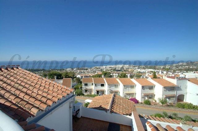 Apartamento de 2 habitaciones en Nerja en alquiler vacacional con piscina - 670 € (Ref: 3009269)