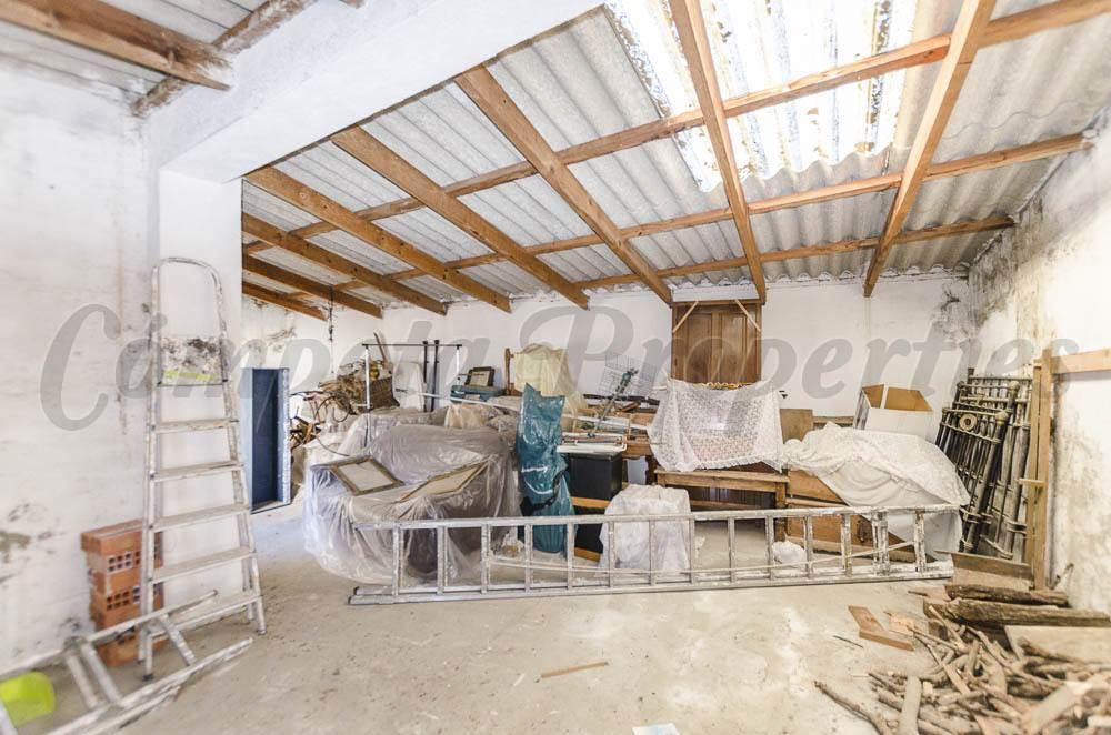 Ruina en Salares en venta - 85.000 € (Ref: 3307825)