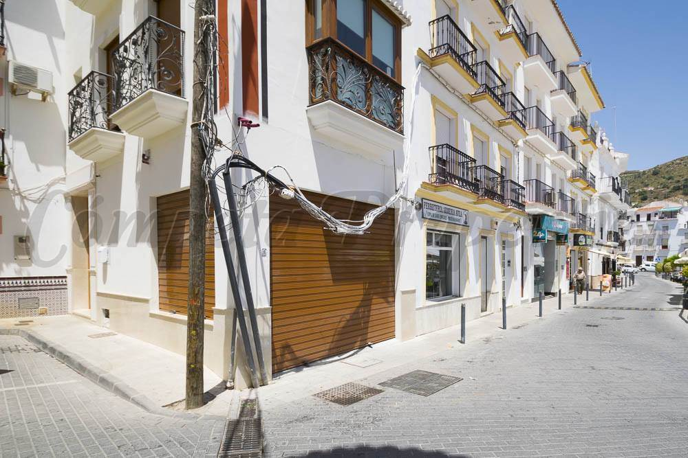 Business for rent in Torrox - € 960 (Ref: 3482928)