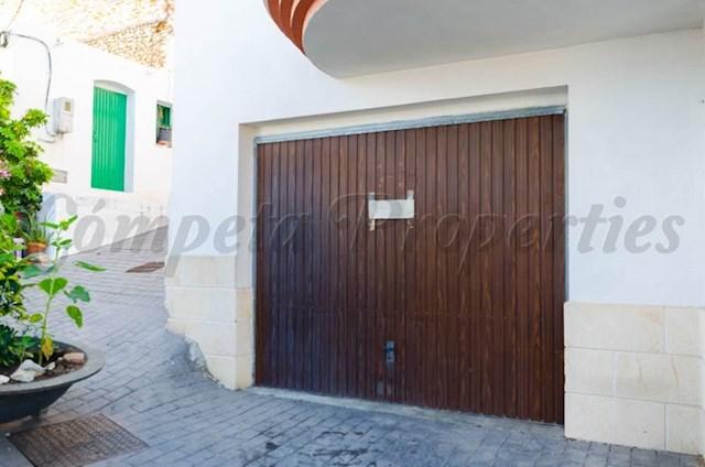 Garage à vendre à Competa - 46 000 € (Ref: 3505246)