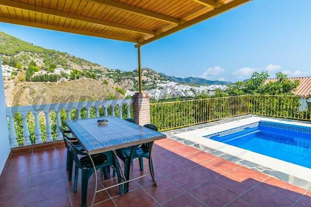 Finca/Casa Rural de 2 habitaciones en Frigiliana en alquiler vacacional con piscina - 875 € (Ref: 3559674)