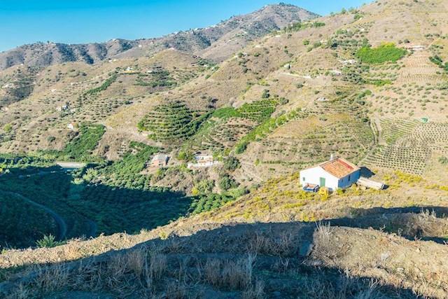 Terreno Non Edificato in vendita in Competa - 365.000 € (Rif: 3621304)