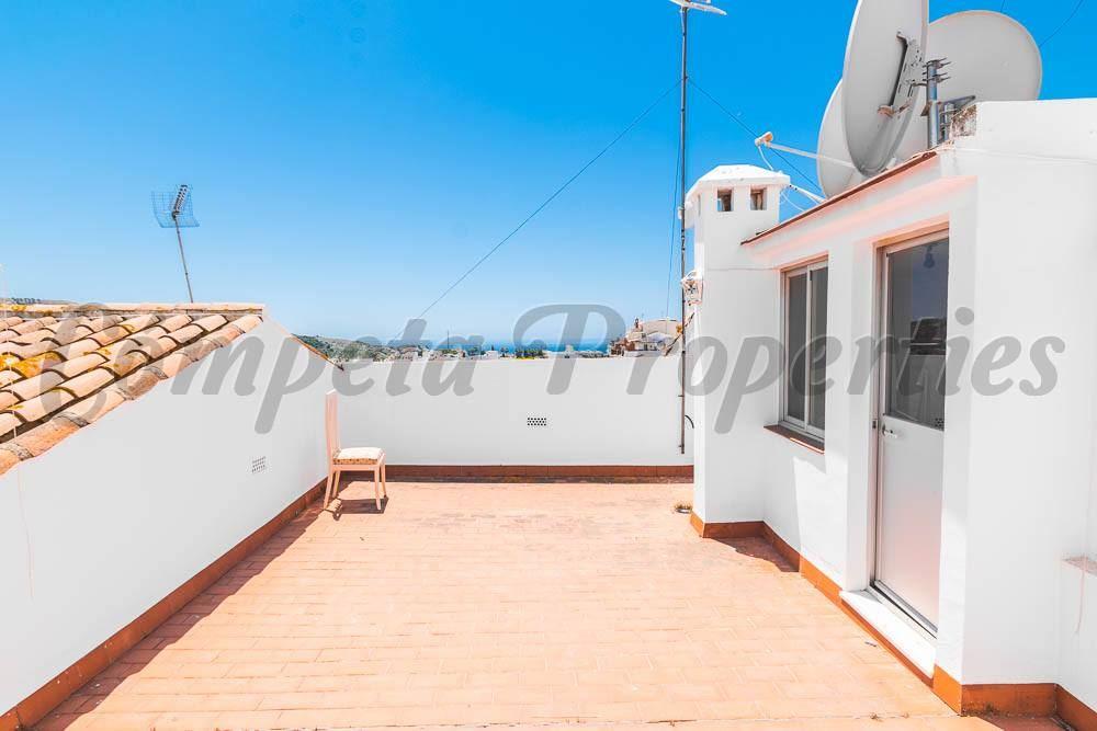 3 bedroom Apartment for rent in Torrox - € 625 (Ref: 4018001)