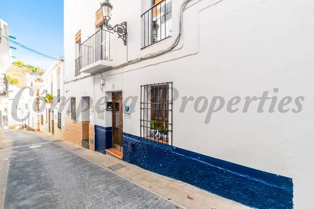 4 soverom Hus til salgs i Torrox - € 640 (Ref: 4610792)