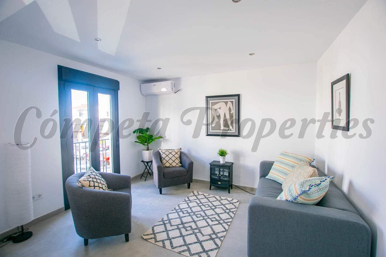 2 slaapkamer Appartement te huur in Competa - € 590 (Ref: 4800905)