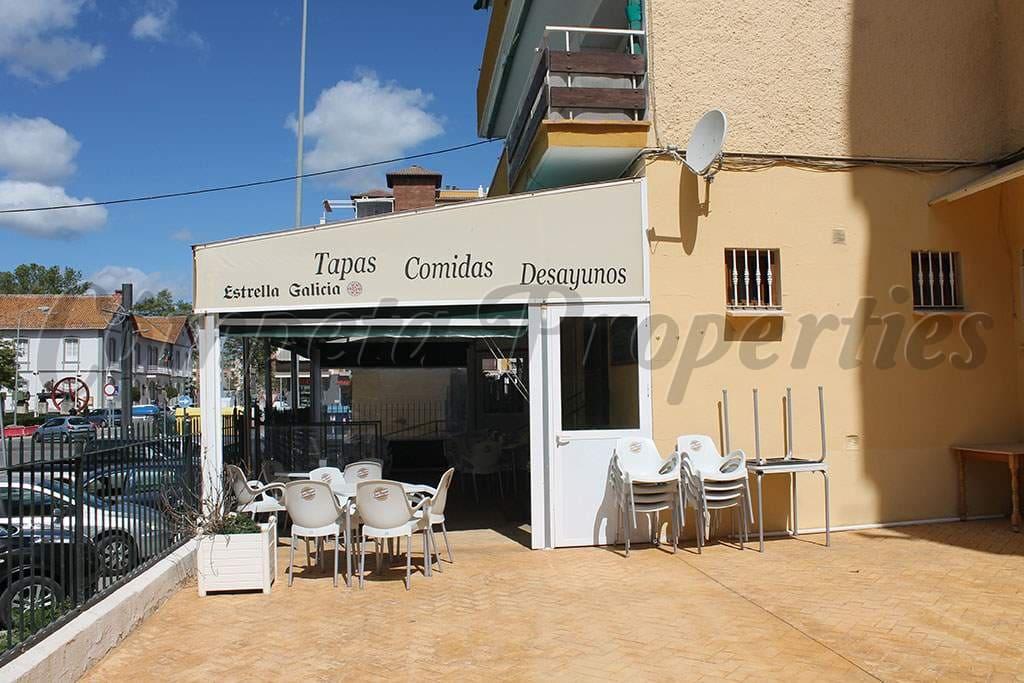 Komercyjne na sprzedaż w Torre del Mar z basenem - 367 500 € (Ref: 5000702)