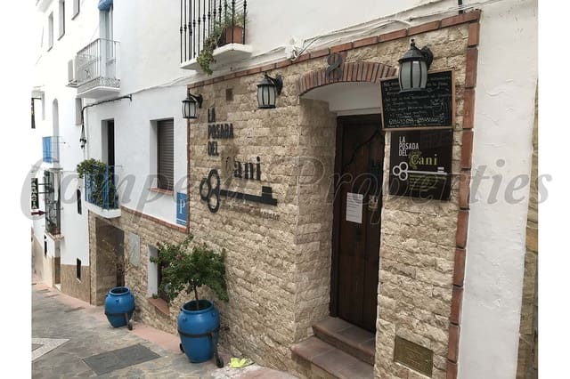 9 soveværelse Guesthouse/B & B til salg i Competa - € 468.000 (Ref: 5235489)