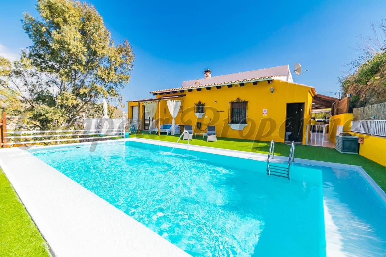 3 Zimmer Ferienfinca/landgut in Torrox mit Pool - 1.200 € (Ref: 5344483)