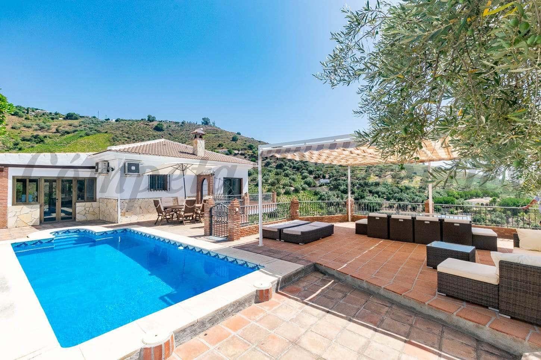 4 sovrum Finca/Hus på landet till salu i Competa med pool garage - 450 000 € (Ref: 5488411)
