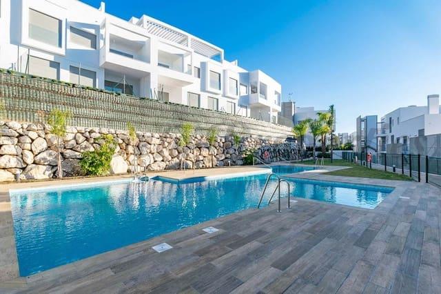 3 bedroom Apartment for holiday rental in Caleta de Velez with pool - € 1,000 (Ref: 5849270)