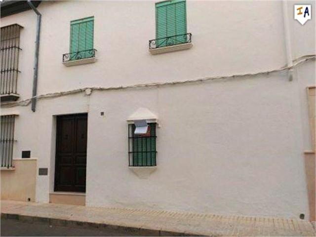 3 Zimmer Haus zu verkaufen in Estepa - 72.000 € (Ref: 3371751)