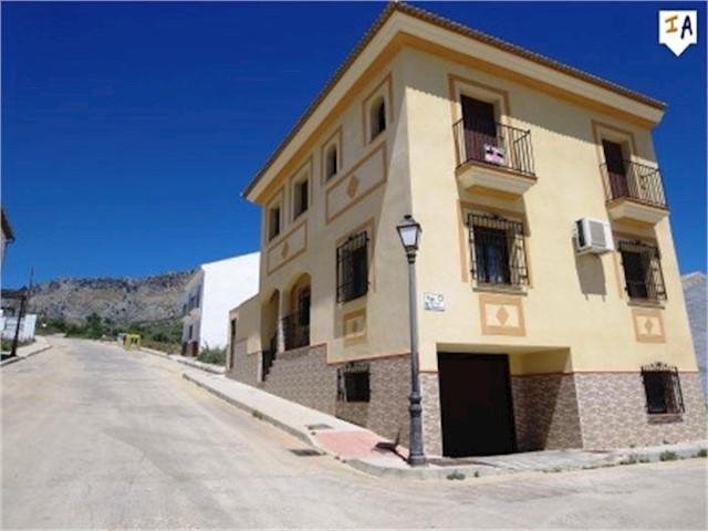 4 Zimmer Haus zu verkaufen in Villanueva de la Concepcion - 214.950 € (Ref: 3438855)
