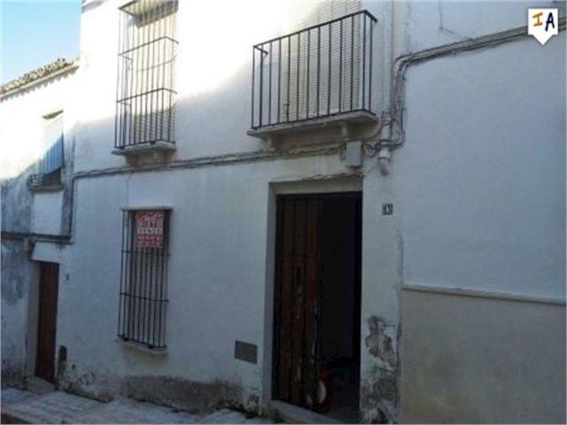 Casa de 4 habitaciones en Estepa en venta - 49.000 € (Ref: 3920678)