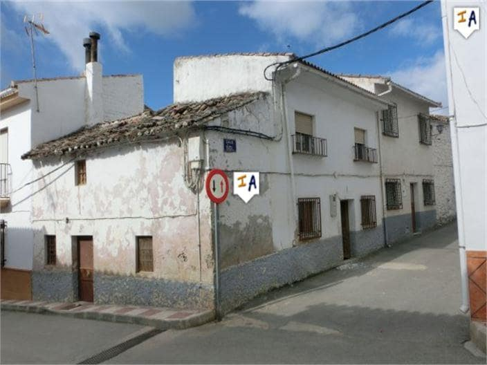 5 soveværelse Byhus til salg i Montillana - € 21.950 (Ref: 4009077)