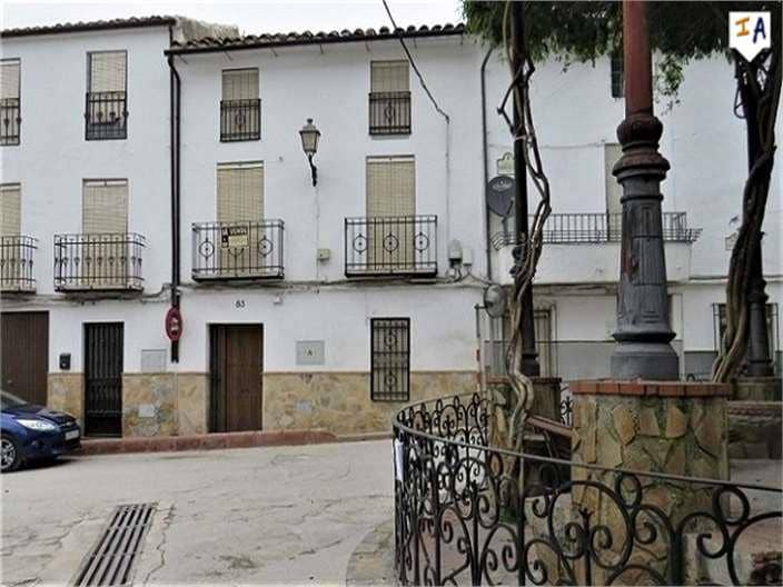 3 bedroom Townhouse for sale in Martos - € 39,000 (Ref: 4426009)