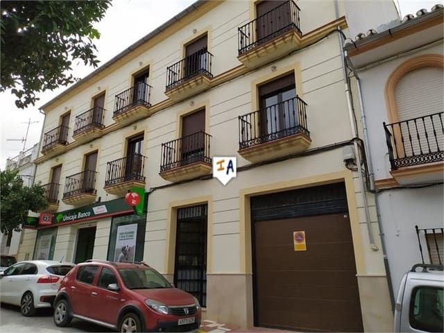 3 soverom Leilighet til salgs i Cuevas Bajas med svømmebasseng - € 175 000 (Ref: 5485364)