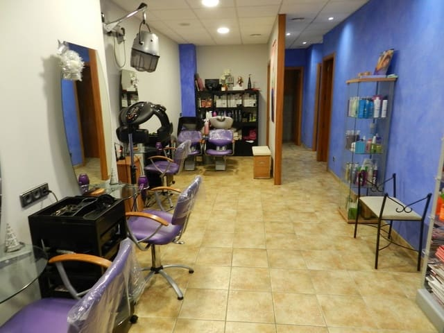 5 soveværelse Erhverv til salg i Sant Antoni de Calonge - € 295.000 (Ref: 5119260)