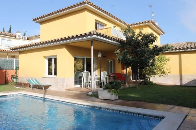 4 sovrum Villa till salu i Sant Antoni de Calonge med pool - 420 000 € (Ref: 5119298)