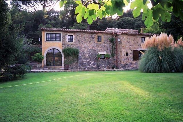 7 makuuhuone Maalaistalo myytävänä paikassa Corca - 850 000 € (Ref: 6024585)