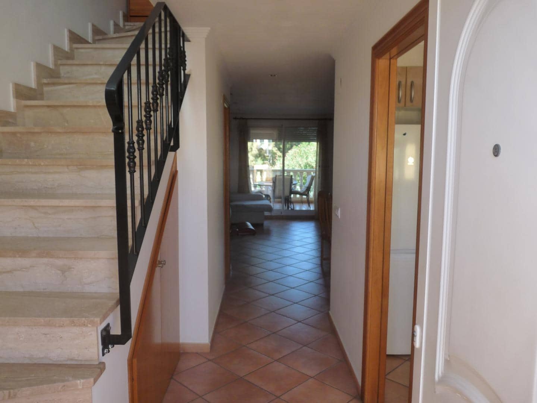 Villa/Maison Mitoyenne de 2 chambres à louer à Oliva Nova avec piscine garage - 700 € (Ref: 4310077)
