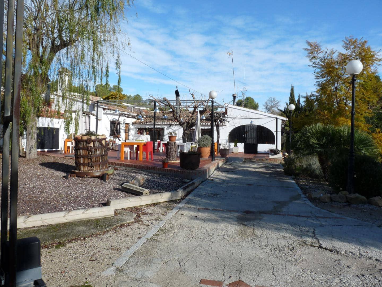Local Comercial de 4 habitaciones en Rugat en venta con garaje - 375.000 € (Ref: 5332147)