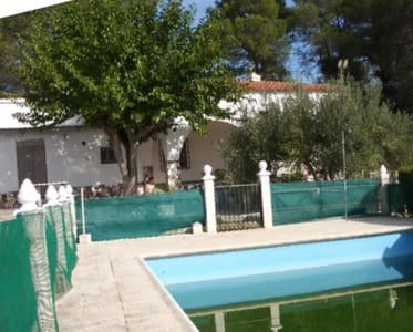 4 bedroom Villa for sale in L'Olleria with pool - € 123,000 (Ref: 5350305)