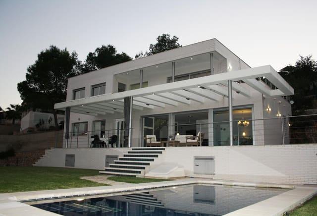 Chalet de 5 habitaciones en Rótova en venta con piscina - 540.000 € (Ref: 5378366)