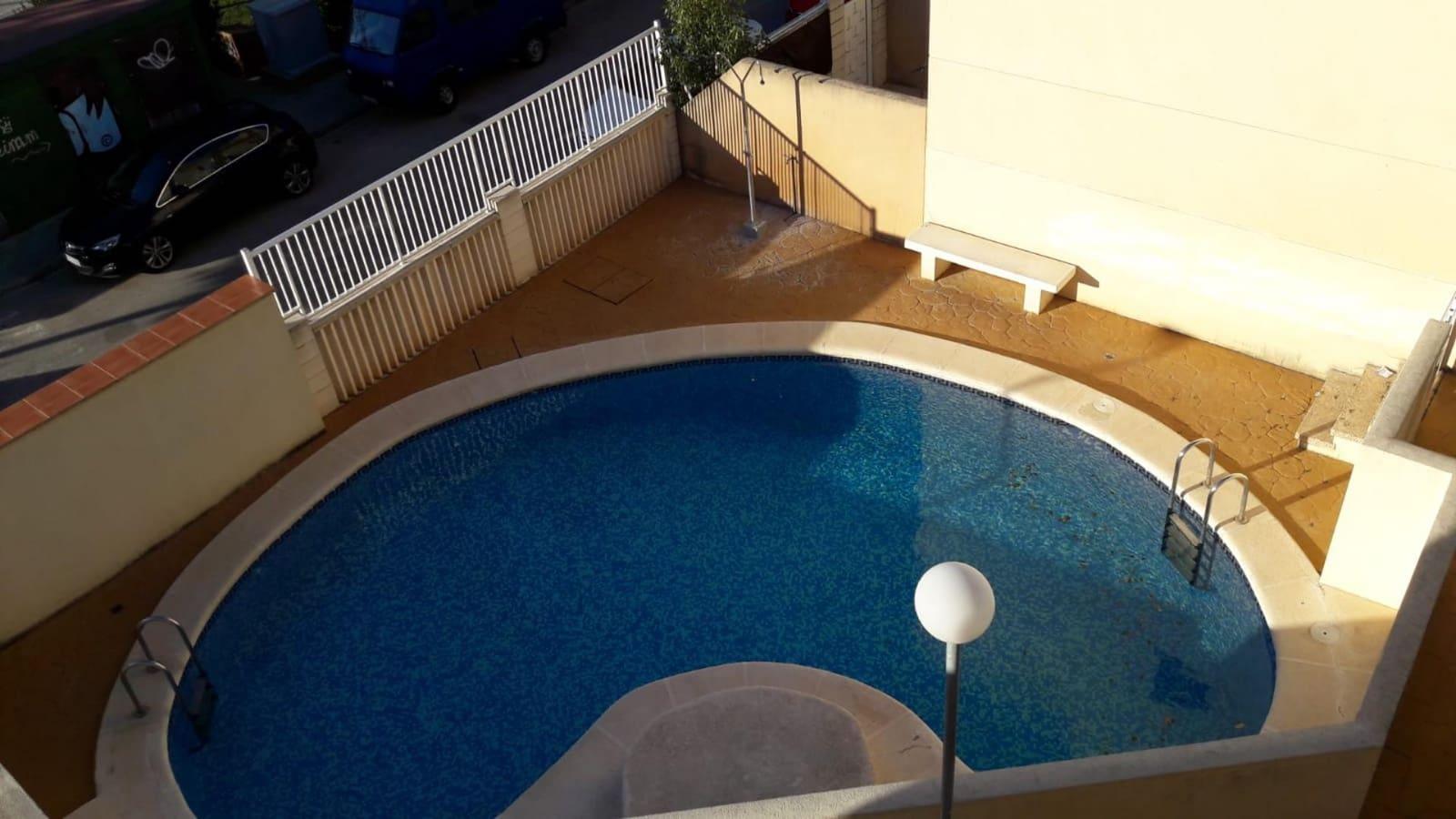 6 quarto Casa em Banda para venda em Gandia com garagem - 230 000 € (Ref: 5396232)