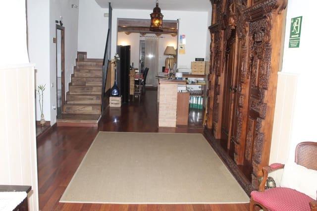 8 sovrum Kommersiell till salu i Bufali - 156 000 € (Ref: 5453077)