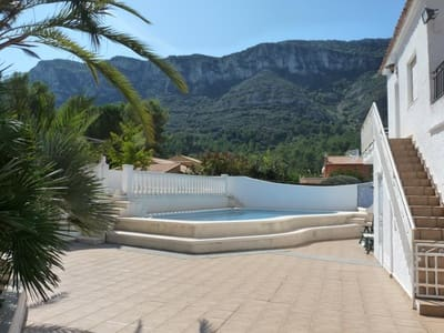 5 bedroom Villa for sale in Barx with garage - € 265,000 (Ref: 5477493)