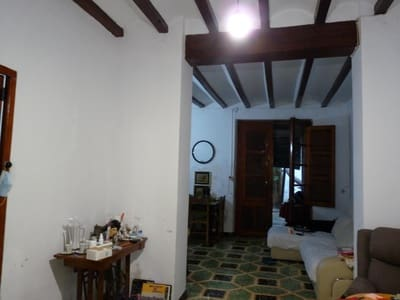 5 bedroom Finca/Country House for sale in Rotova - € 70,000 (Ref: 5483332)