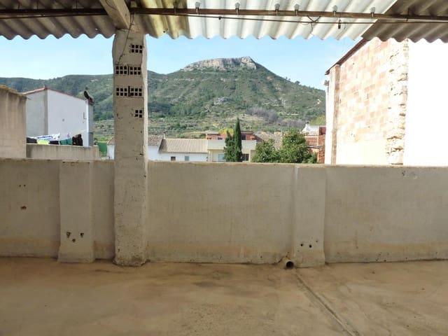 Casa de 4 habitaciones en Pinet en venta - 41.000 € (Ref: 5554019)