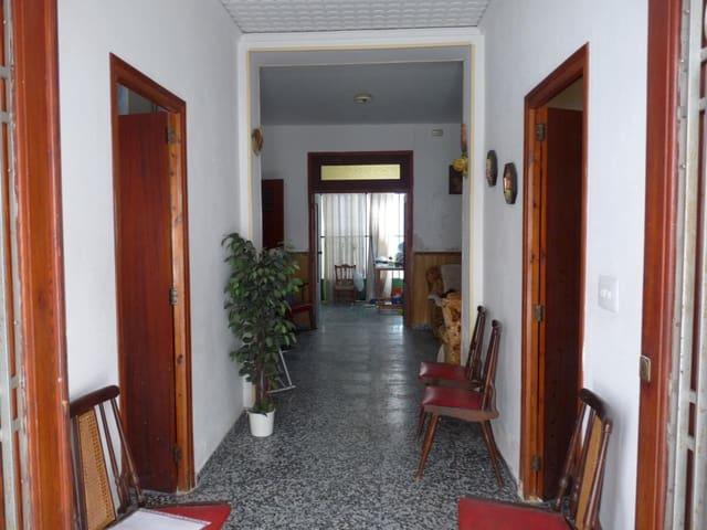 4 bedroom Townhouse for sale in La Font d'En Carros - € 48,000 (Ref: 5556821)