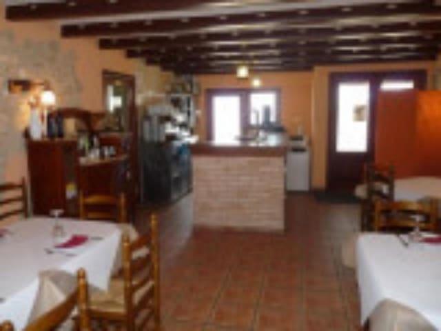 23 makuuhuone Kaupallinen myytävänä paikassa Bocairent mukana uima-altaan - 2 300 000 € (Ref: 5625437)